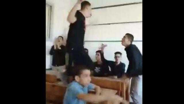 عاجل.. إجراء من التعليم بشأن واقعة رقص طلاب ثانوي بالمنوفية