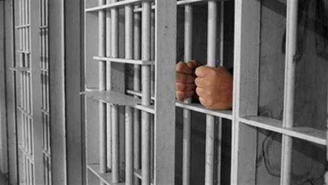 تجديد حبس صاحب مقهى استولى على الملايين من المواطنين بحلوان