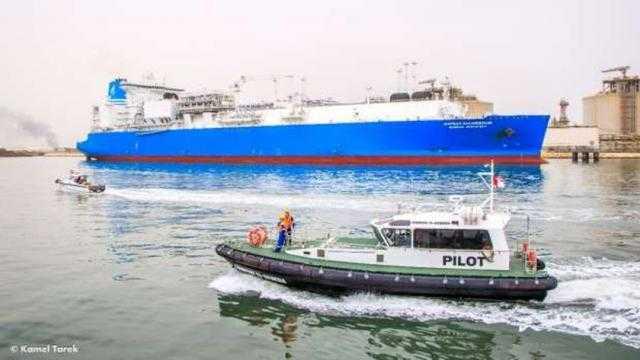 ميناء دمياط يستقبل ناقلة لتحميل 62 ألف طن غاز مسال للهند