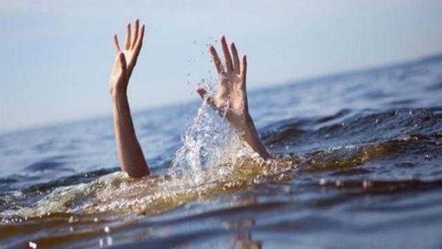 النيابة تشرح جثة شاب غرق في نهر النيل بحلوان