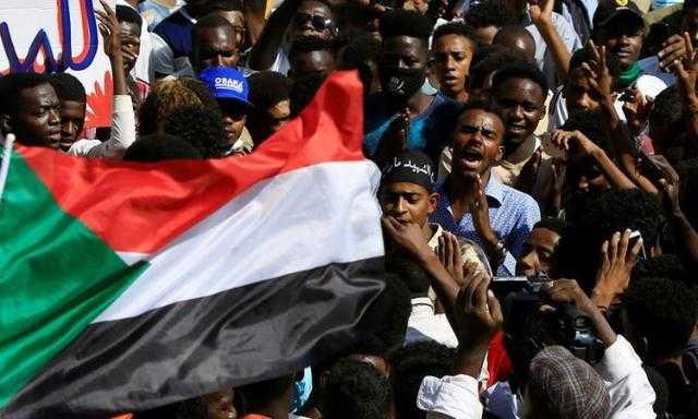 قناة الحدث: انقطاع جميع الاتصالات في السودان