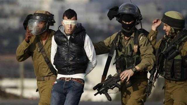 الاحتلال يعتقل 4 فلسطينيين في الضفة الغربية