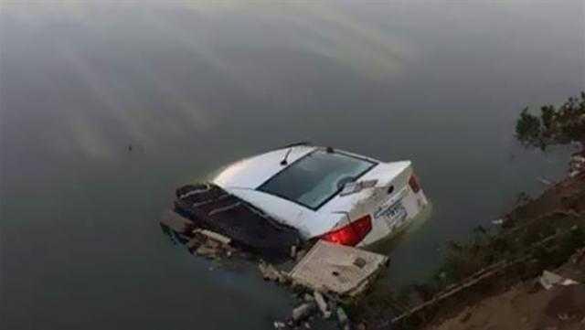 إصابة 12 شخصاً فى إنقلاب سيارة بترعة بالبحيرة